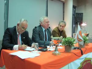 Στιγμιότυπο από την Γενική Συνέλευση της 30-1-13. Από αριστερά: Πέτρος Ματσούκης, Δημήτηρς Βερναρδάκης, Παναγιώης Φωτεινόπουλος.